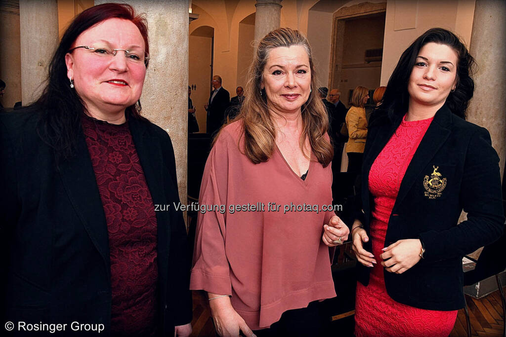 Yvette Rosinger (Rosinger Group), Barbara Andersen (Präsidentin des Alphazirkel Austria) und Alexandra Rosinger), © (C) Rosinger Group (03.03.2018)