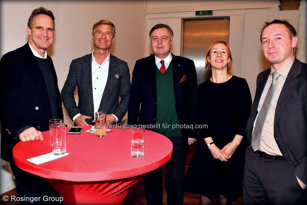 Honorarkonsol und UCCA Präsident Wolfgang Breitenthaler (in der Mitte) im Talk, ganz rechts: Rosinger Group Projektmanager Eduard Bretthauer, © (C) Rosinger Group (03.03.2018)