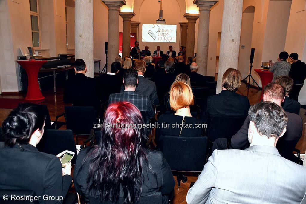 53 hochkarätige Gäste folgten interessiert der fast 2 stündigen Podiumsdiskussion..., © (C) Rosinger Group (03.03.2018)