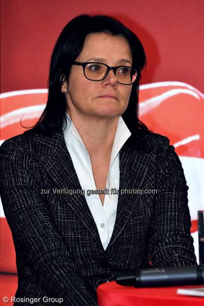 Gerda Königstorfer (Rosenbauer), © (C) Rosinger Group (03.03.2018)