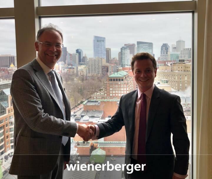 Wienerberger-CEO Heimo Scheuch auf Roadschow in Nord Amerika, hier mit einem Investor in Boston