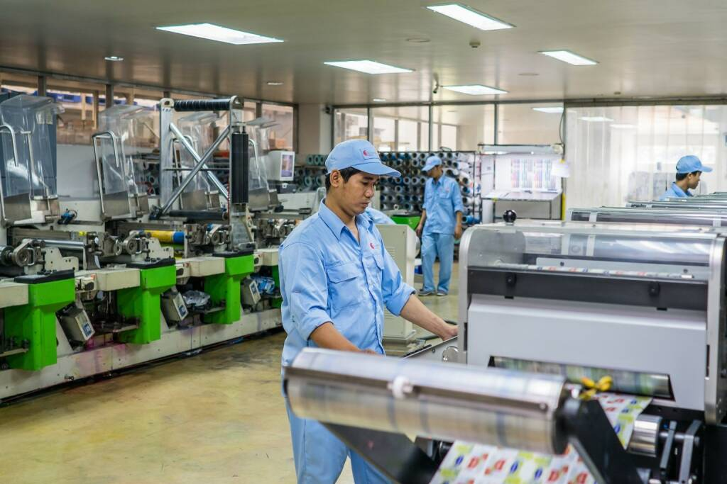 Constantia Flexibles investiert in ihrer vietnamesischen Tochtergesellschaft für flexible Verpackungen in neue Technologie zur Erweiterung des Produktportfolios. Die Oai Hung Manufacturing Joint Stock Co. mit Sitz in Ho-Chi-Minh-Stadt wird für einen einstelligen Euro-Millionenbetrag eine neue Druckmaschine und eine Kaschieranlage installieren. Fotocredit:Constantia Flexibels, © Aussender (21.03.2018)