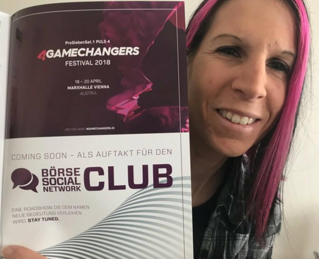 Conny Köpper zeigt 4gamechangers Börse Social Network Club (21.03.2018)