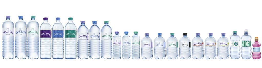 """Am 22. März wird der von der UN initiierte Welttag des Wassers gefeiert. """"Gerade am Welttag des Wassers wollen wir unterstreichen, dass es nicht überall auf der Welt selbstverständlich ist, auf das wertvollste Wasser bzw. Mineralwasser zugreifen zu können. Natürliches, reines Mineralwasser wird direkt an der Quelle abgefüllt und darf – im Gegensatz zu Leitungswasser – nicht behandelt werden"""", so Alfred Hudler, Vorstandsvorsitzender Vöslauer Mineralwasser AG. Vöslauer ist seit fast 20 Jahren klarer Marktführer in Österreich und hat einen Markanteil von über 40%, im Pfand- und Convenience-Bereich sogar von rund 50%. Vöslauer bietet die erfolgreichste Glasmehrwegflasche am Markt und gleichzeitig mit bis zu 70% den höchsten Recyclat-Anteil bei PET-Flaschen in der Branche. Vöslauer ist das beliebteste Mineralwasser der österreichischen Top-Gastronomie und auch in Deutschland sehr erfolgreich. Fotocredit: Vöslauer , © Aussender (22.03.2018)"""