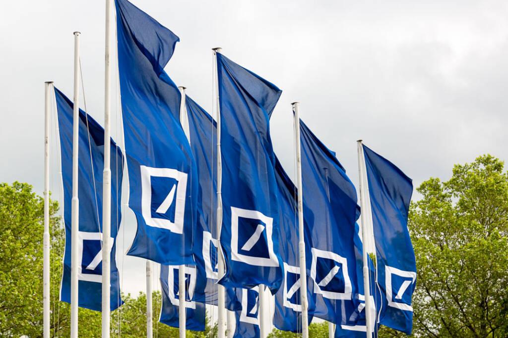 Deutsche Bank, Fahnen, Credit: Mario Andreya, © Aussender (09.04.2018)