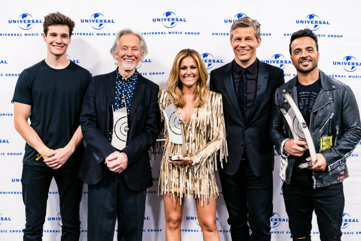 Universal Music Entertainment GmbH: ECHO 2018: Großer Erfolg für UNIVERSAL MUSIC Künstler; Wincent Weiss, Klaus Voormann, Helene Fischer, Frank Briegmann, Luis Fonsi; Fotocredit: Universal Music Entertainment GmbH