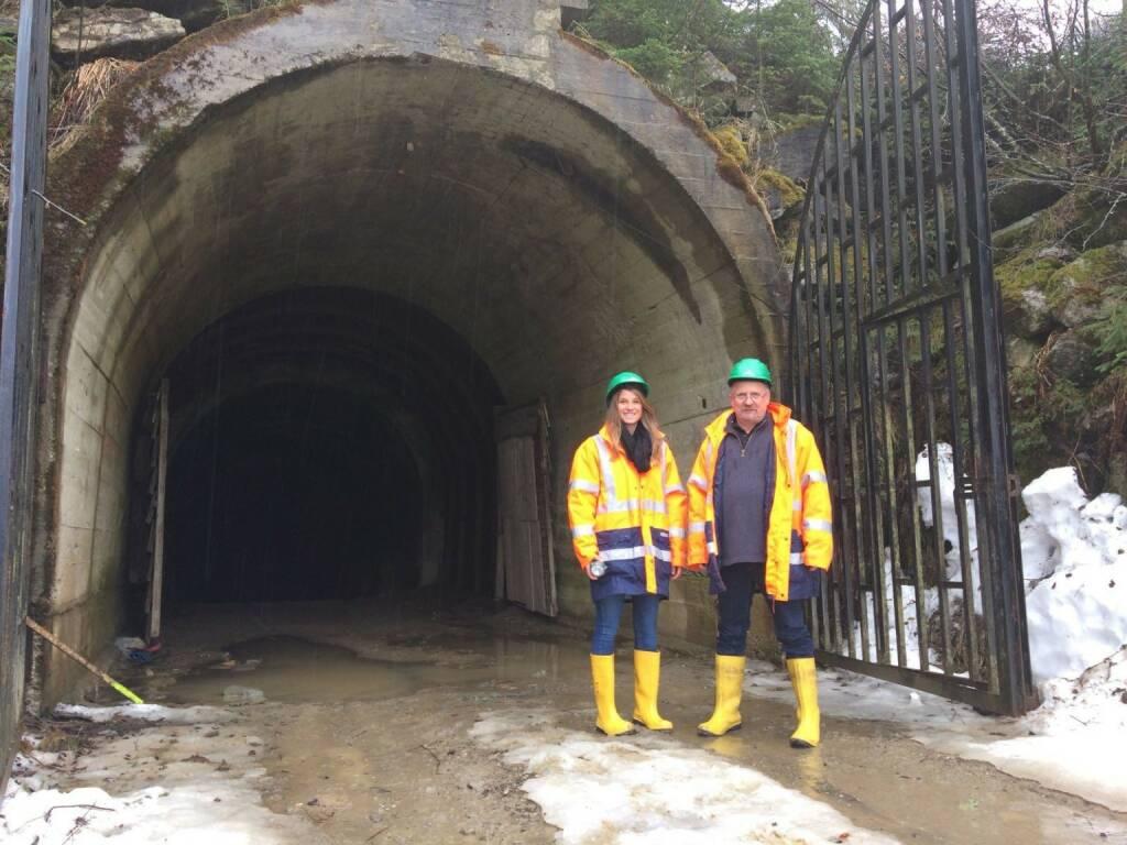 European Lithium: Katharina Loeckinger (DGWA CORPORATE COMMUNICATIONS) & Dietrich Wanke (EUR AUSTRIA DIRECTOR) /at the Wolfsberg Mine. (13.04.2018)