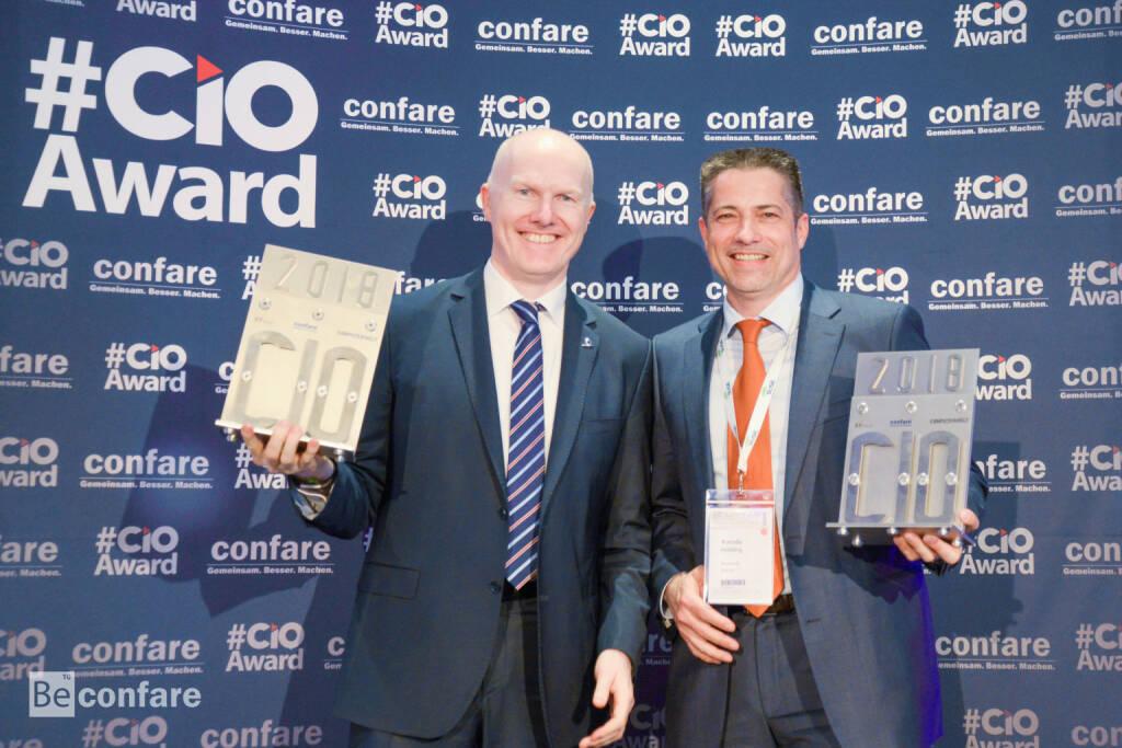 Mit dem renommierten Award der IT-Branche – dem Confare CIO AWARD - wurde im Rahmen des 11. Confare CIO & IT-Manager Summits am 11. April 2018 in der Orangerie in Schönbrunn, Alexander Bockelmann, Chief Digital Officer & Mitglied des Vorstands bei UNIQA Österreich und UNIQA International, als bester IT-Manager für Großunternehmen in Österreich geehrt. Fotocredit: confare , © Aussendung (13.04.2018)