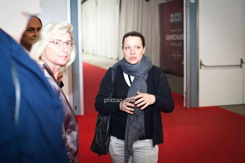 Elisabeth Stadler (VIG), Nina Kaiser (Puls4), © Michaela Mejta + diverse Handypics (17.04.2018)