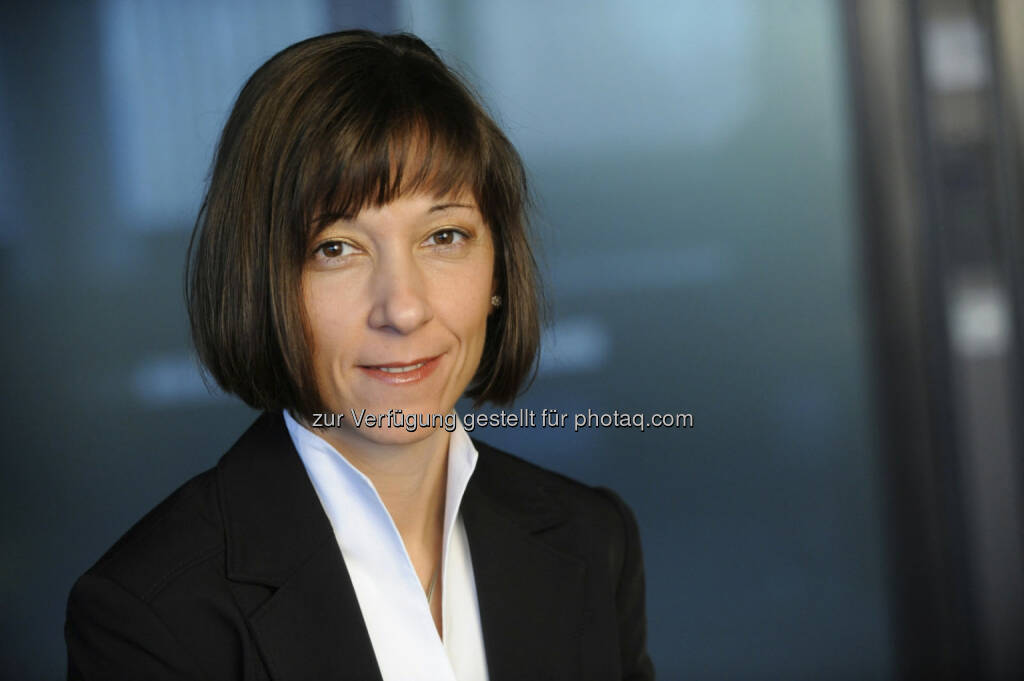 Sonja König ist in der Aufsichtsratsitzung vom 16. Mai 2013 in den Vorstand der Allianz Investmentbank AG bestellt worden. Sie folgt damit Werner Müller, der sein Vorstandsmandat aufgrund erweiteter Aufgaben im Vorstand der Allianz Gruppe in Österreich zurückgelegt hat (c) Allianz (06.06.2013)