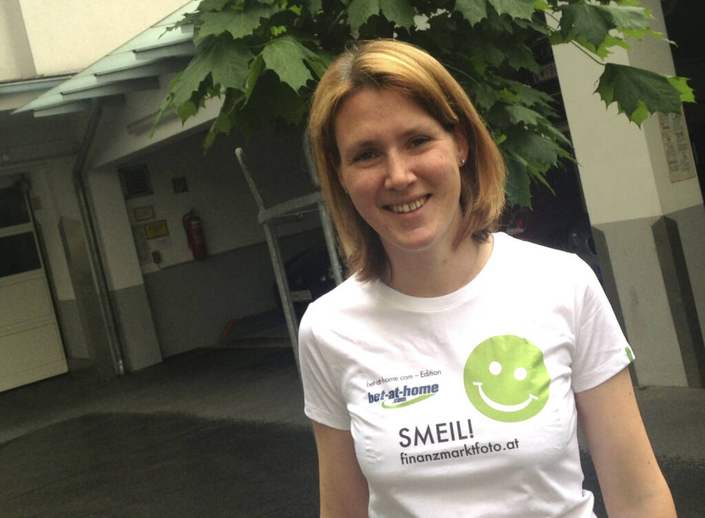 Express Smeil! - Susanne Leiter, Börse Express (Shirt in der bet-at-home.com-Edition) (07.06.2013)