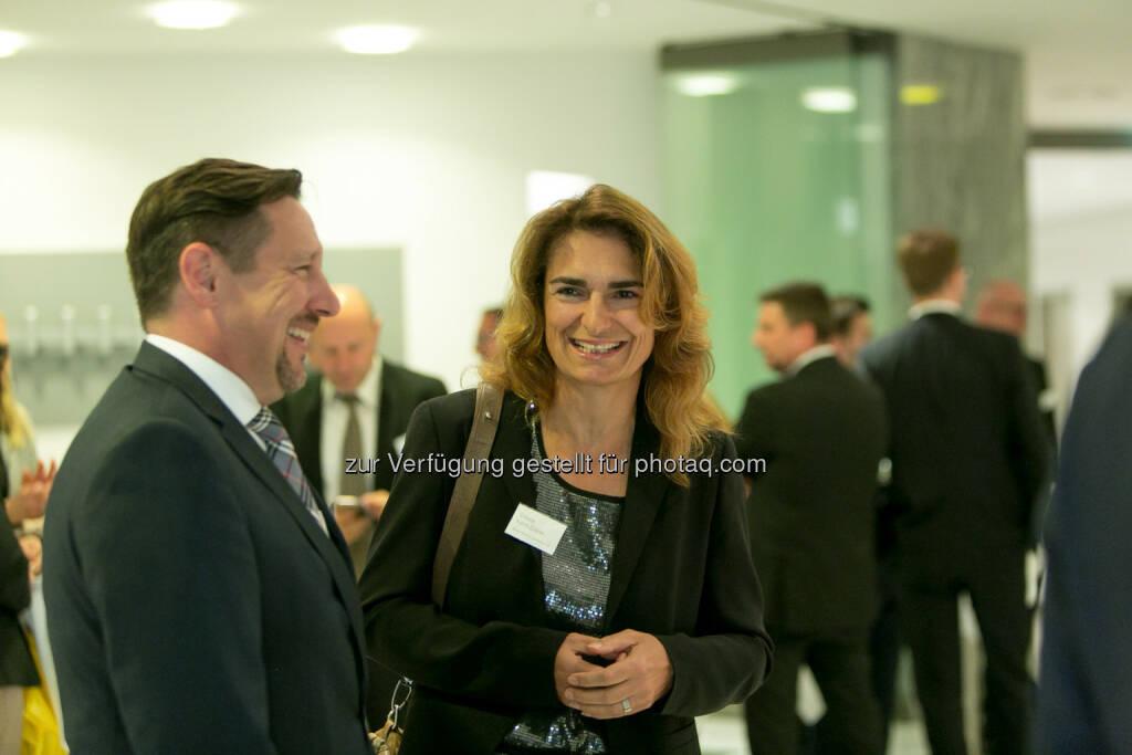 Florian Claus (ZertifikateBörse Frankfurt), Simone Kahnt-Eckner (ZertifikateBörse Frankfurt), © Martina Draper (27.04.2018)