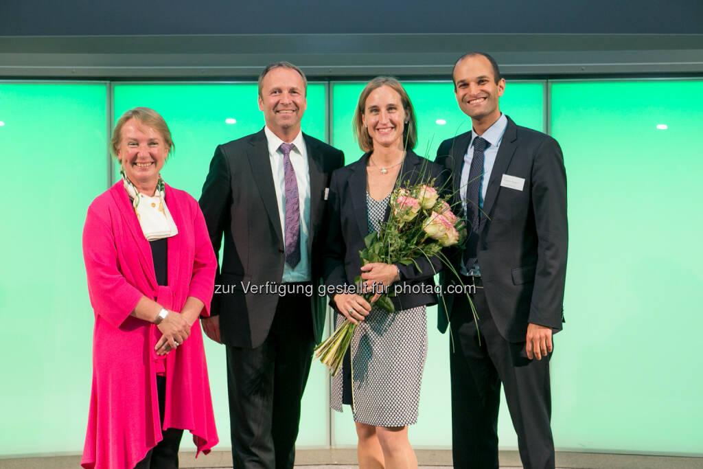 Heike Arbter (RCB), Frank Weingarts (Unicredit), Valerie Ferencic (ZFA), Pedram Payami (Erste Bank), © Martina Draper (27.04.2018)