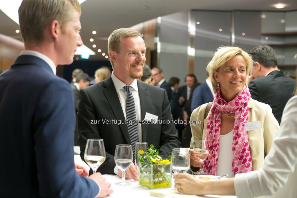 Christian-Hendrik Knappe (Deutsche Bank X-markets), Valerie Brunner (RCB), © Martina Draper (27.04.2018)