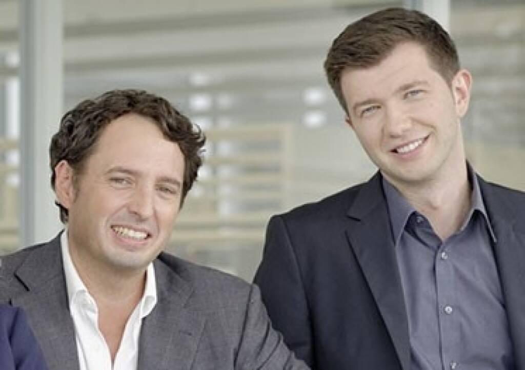 Dr. Jochen Becker, Direktor des Investment Lab (links), und Josip Medjedovic, Research Associate am Investment Lab (rechts), bewiesen, dass Finanzanalysten Kurs- und Gewinnprognosen nicht ausschließlich nach objektiven Kriterien erstellen, sondern auch stark nach individuellen Persönlichkeits-Präferenzen. Copyright: Investment Lab, © Aussender (02.05.2018)