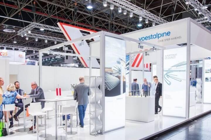 Auf der diesjährigen Tube und Wire in Düsseldorf war die voestalpine mit zahlreichen Gesellschaften vertreten und konnte ihre Produkte und Lösungen erstmalig mit dem neuen Messestand präsentieren. Bildquelle: voestalpine