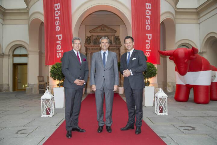 CA Immo-CFO Hans Volkert Volckens, Finanzminister Hartwig Löger, Börse-Chef Christoph Boschan, Credit: APA-Fotoservice