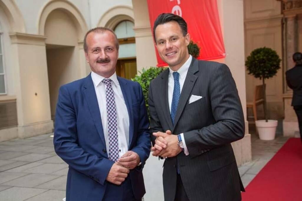 3Banken-Fondsmanager Alois Wögerbauer mit Christoph Boschan (Wiener Börse), Credit: APA-Fotoservice, © APA-Fotoservice/Wiener Börse (22.05.2018)