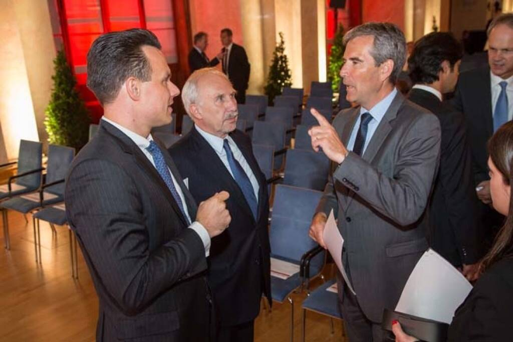 Börse-Chef Christoph Boschan, OeNB-Gouverneur Ewald Nowotny, Finanzminister Hartwig Löger, Credit: APA-Fotoservice, © APA-Fotoservice/Wiener Börse (22.05.2018)