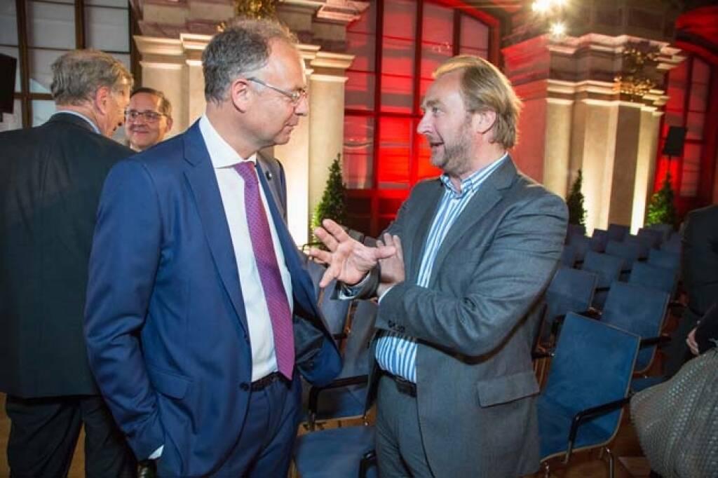 Wienerberger-CEO Heimo Scheuch mit Rupert Heinrich Staller; Credit: APA-Fotoservice, © APA-Fotoservice/Wiener Börse (22.05.2018)