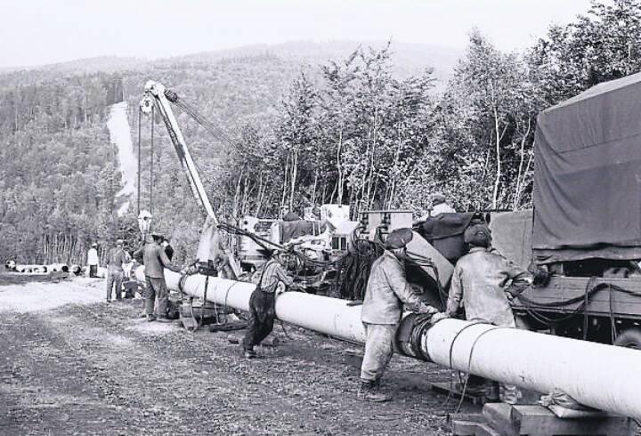 OMV Aktiengesellschaft: 50 Jahre verlässliche russische Gaslieferungen nach Österreich; Schwerarbeit beim Pipelinebau am Beispiel einer Erdgasrohrverlegung auf österreichischem Boden. Fotocredit:OMV