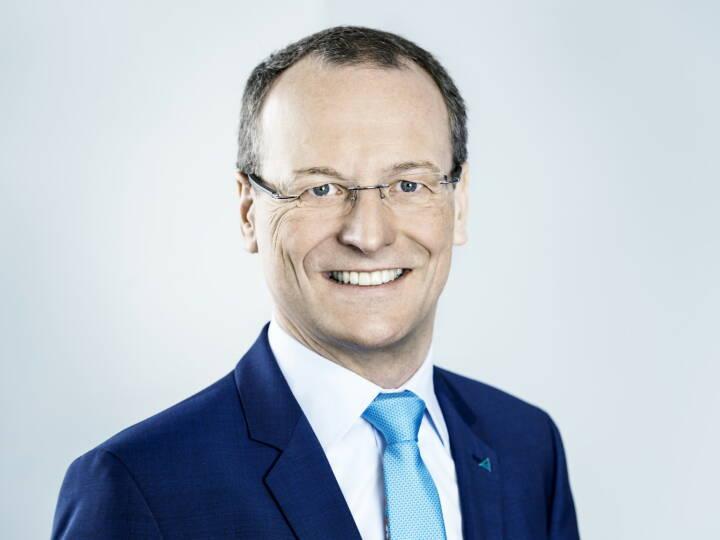 Die VdTÜV-Mitgliederversammlung wählte am 19. Juni 2018 Dr.-Ing. Michael Fübi, Vorstandsvorsitzender der TÜV Rheinland AG, einstimmig an die Verbandsspitze. (Foto: TÜV Rheinland)