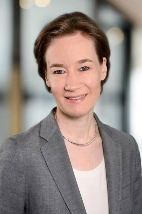 Theresa Arlt wurde in die Partnerschaft von EY Österreich aufgenommen. Die gebürtige Wienerin ist Geschäftsführerin im Bereich Indirect Tax und leitet die Zollpraxis bei EY Österreich. Bild: EY