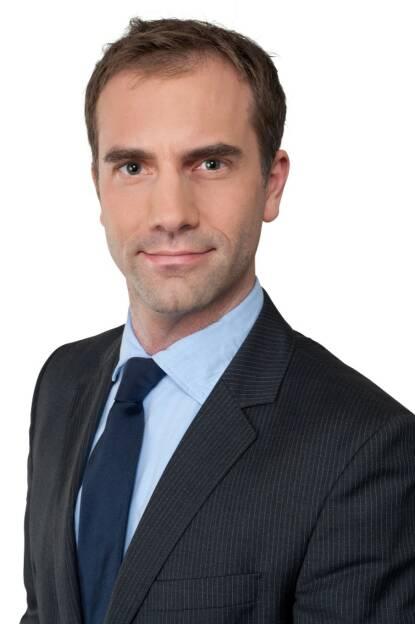 """Gemeinsam mit der Silverton Group und 720° Restructuring & Advisory bringt PwC Österreich internationale Investoren und Banken mit dem Wunsch, ihre Non Performing Loans (NPL) und Non-Core-Kredit-Engagements auszugliedern, zusammen: Die drei Beratungsunternehmen bauen eine langfristige Kooperationsplattform mit maßgeschneiderten Services für notleidende Kredite auf. """"Erstmals können osteuropäische Darlehensengagements länderübergreifend aus einer Hand und mit gleichbleibend hoher Qualität gemanagt werden"""", so Bernhard Engel, Partner und Leader Financial Services bei PwC Österreich. Fotocredit: PwC Österreich, © Aussender (18.07.2018)"""