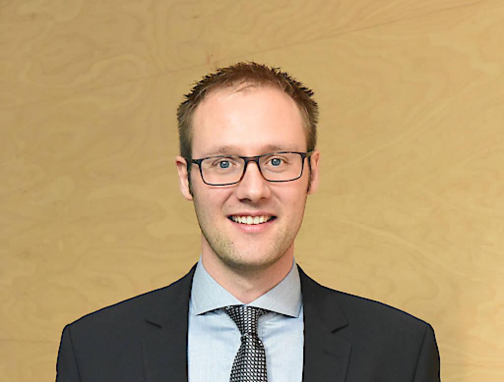 """Der Jubiläumsfonds der Österreichischen Nationalbank (OeNB) hat kürzlich bekannt gegeben, dass im Rahmen des wirtschaftswissenschaftlichen Schwerpunktes """"Finanzmarkt und Finanzmarktstabilität"""" erstmals ein MCI-Projekt mit einem substanziellen Förderbetrag bedacht wird. Als habilitierter Ökonom konzentriert sich Thomas Stöckl auf experimentelle Finanzmarktforschung. Fotocredit:MCI, © Aussendung (25.07.2018)"""