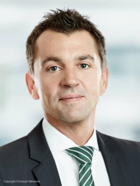 Neuer Partner bei TPA: Bereits seit 20 Jahren ist Helmut Beer für TPA tätig. Seine fachlichen Schwerpunkte liegen in der Beratung von Immobiliengesellschaften und Produktionsbetrieben im Metall- und Papierbereich sowie in der Durchführung von Due Diligences. Der Steuerberater ist zudem Umsatzsteuer- und Rechtsformgestaltungs-Experte. Foto: Christoph Meissner