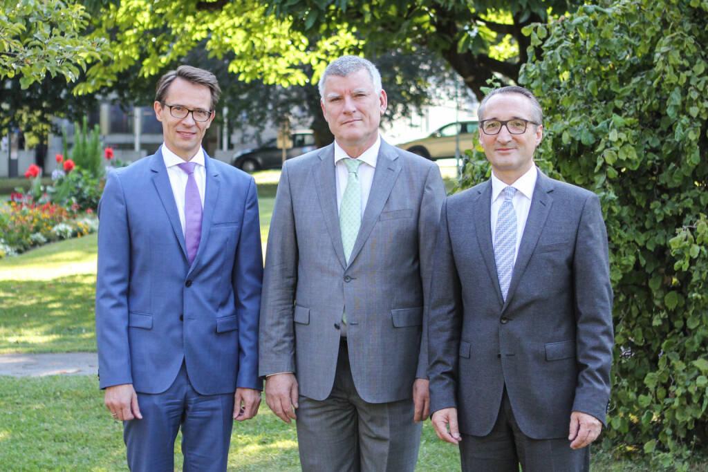 Das Vorstandsteam der Zumtobel Group (v.l.n.r.): Thomas Tschol (CFO), Alfred Felder (CEO) und Bernard Motzko (COO). Bild: Zumtobel, © Aussender (01.08.2018)