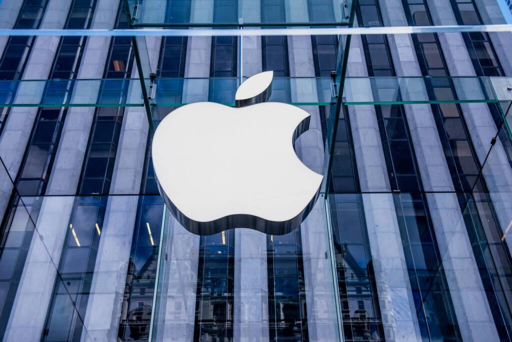 Apple, Apple-Store - https://de.depositphotos.com/63712063/stock-photo-apple-store-in-new-york.html, &copy; <a href=