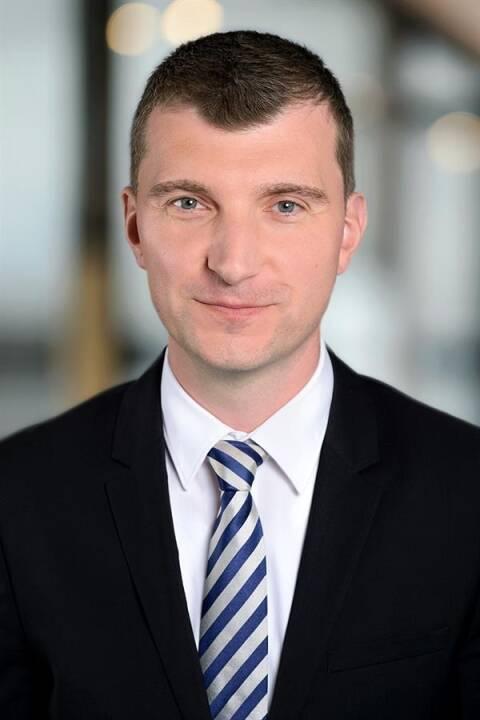 Markus Hölzl wurde in die Partnerschaft von EY Österreich aufgenommen. Der gebürtige Oberösterreicher ist Geschäftsführer und leitet den Bereich Risk Advisory Services bei EY Österreich. Markus Hölzl ist auf Beratung in den Bereichen Corporate Governance, Risikomanagement, Interne Kontrollsysteme und Internal Audit spezialisiert. Credit: EY