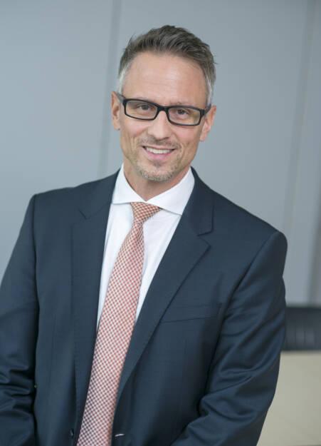 Die Austrian Anadi Bank setzte ihren Wachstumskurs auch im 1. Halbjahr 2018 fort. Das Ergebnis der Nettoprovisionen konnte um EUR 1,72 Mio. auf EUR 8,18 Mio. (+26,2 %) gesteigert werden. Im Bild: Christoph Raninger, Generaldirektor der Austrian Anadi Bank AG  Copyright: Austrian Anadi Bank, © Aussender (10.08.2018)