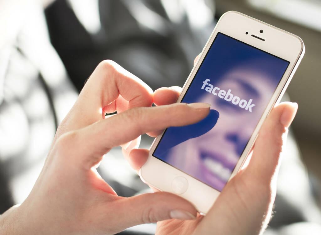 Facebook, Logo, Handy, Smart-Phone - https://de.depositphotos.com/39688583/stock-photo-facebook.html, &copy; <a href=