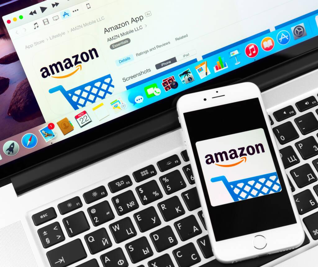 Amazon, Website, iPhone, Mobile - https://de.depositphotos.com/58698405/stock-photo-amazon-on-apple-iphone-6.html, &copy; <a href=