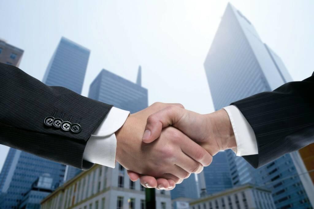 Handschlag, Vertrag, Zusammenarbeit, Deal - https://de.depositphotos.com/5507686/stock-photo-businessman-partners-shaking-hands-with.html, &copy; <a href=