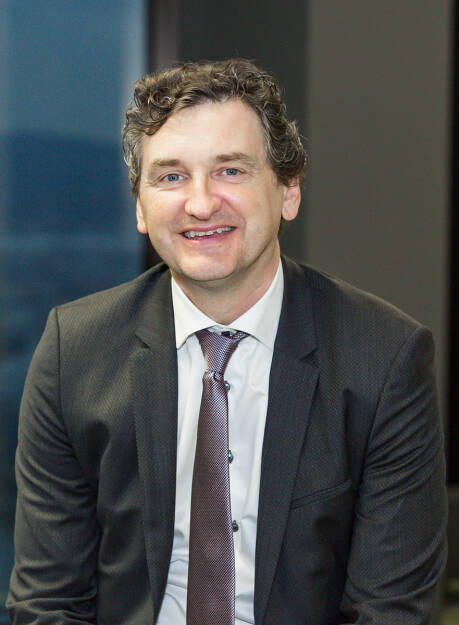 Grapevine World, ein  IT-Startup mit Sitz in Wien, hat am Mittwoch, den 15. August 2018, den ICO (Initial Coin Offering) für sein gleichnamiges digitales Ökosystem erfolgreich abgeschlossen. Mit Unterstützung der Krypto-Community und Investitionszusagen von Geschäftspartnern, institutionellen Investoren und Privatpersonen erreichte Grapevine World das anvisierte Finanzierungsziel von 30 Millionen Dollar. Der ICO bestand aus einer privaten Runde im Februar 2018 und einer öffentlichen Runde vom 6. Juli bis 15. August 2018. In einem nächsten Schritt werden die Grapevine Tokens (GVINE) bei verschiedenen Exchange-Plattformen  gelistet. Im Bild: Martin Tiani, © Grapevine World (27.08.2018)