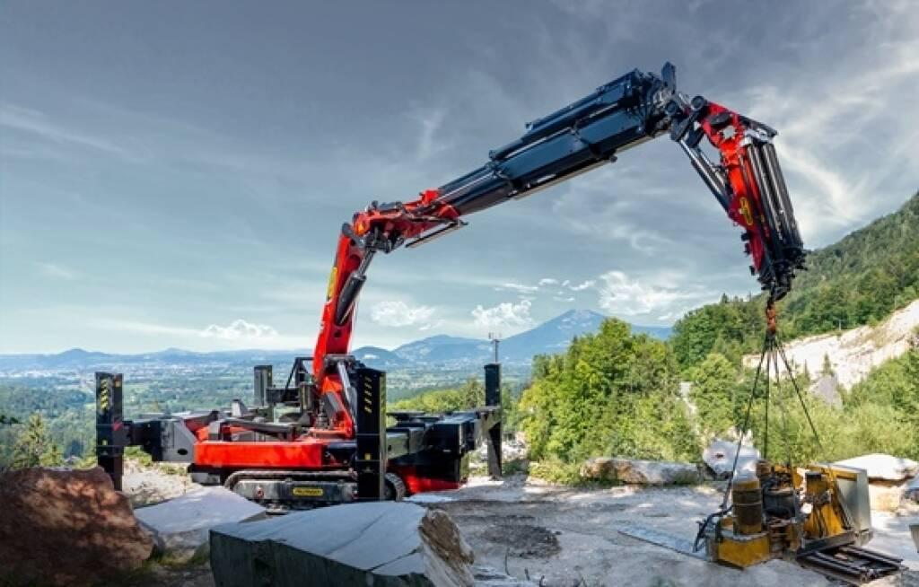 Auf der IAA Nutzfahrzeuge im September in Hannover feiert der Palfinger Crawler Crane PCC Weltpremiere. Das Multitalent auf einem Raupenfahrwerk ist vorerst in drei Varianten von rund 50 bis 115 Metertonnen verfügbar. Credit: Palfinger, © Aussender (28.08.2018)