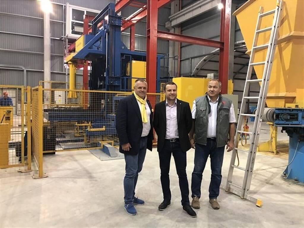 SW Umwelttechnik eröffnet dritten Standort in Rumänien; Klaus Einfalt, Gabriel Neculae, Tiberiu Buzdugan; Copyright: SW Umwelttechnik, © Aussender (14.09.2018)