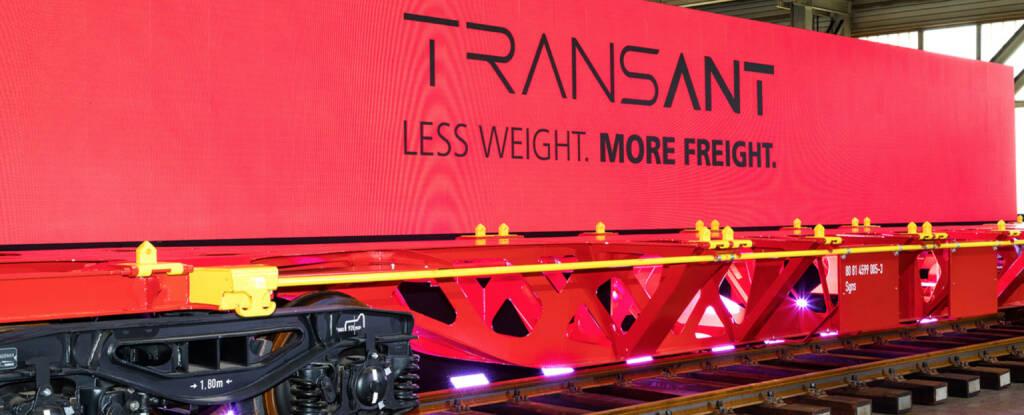 Weltpremiere: Zukunftsweisender Leichtbauwagon TransANT von voestalpine und Rail Cargo Group vorgestellt, Quelle: voestalpine, © Aussender (18.09.2018)