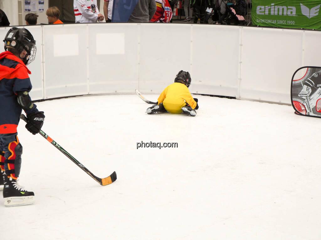 Eishockey, © photaq.com (23.09.2018)