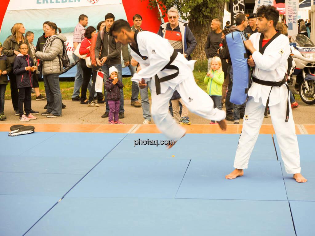 Taekwondo, Sprung, © photaq.com (23.09.2018)