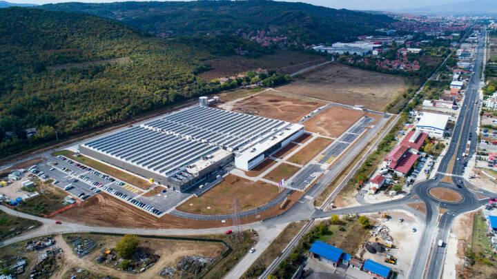 Das neue Zumtobel Group Werk in Niš aus der Vogelperspektive, Credit: Zumtobel