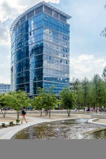 CA Immo übernimmt das 21.700 m2 fassende Bürogebäude Warsaw Spire Building C für rund 100 Mio. Euro, Credit: CAImmo (02.10.2018)