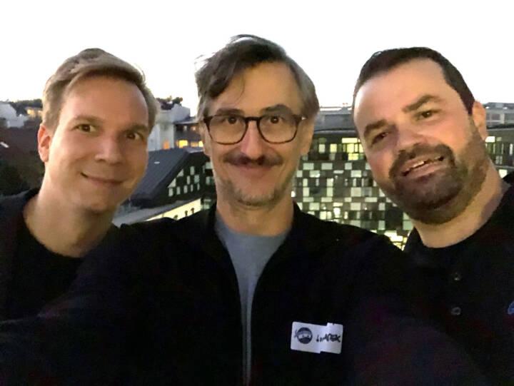 Jakob Steinschaden (Trending Topics), Josef Chladek (BSN), Stefan Greunz (Growth Ninjas) - am Ein-Jahresfest der großartigen Growth Ninjas