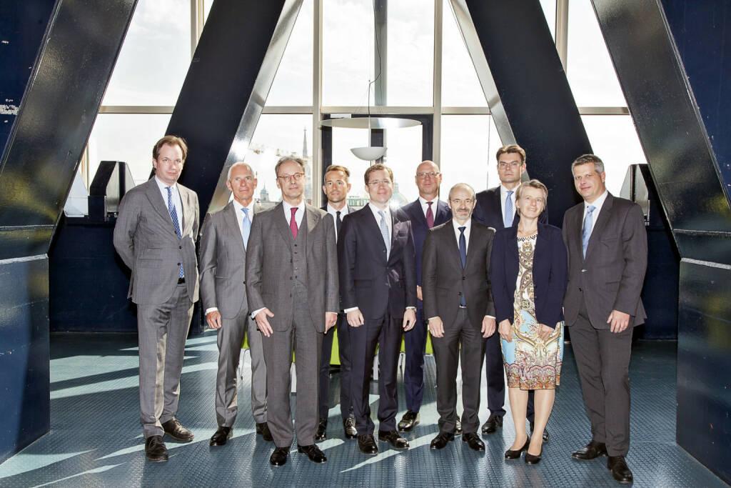Bereits zum siebenten Mal fand der Wiener Unternehmensrechtstag statt. Im Fokus stand das Thema Mergers & Acquisitions - die Übertragung von Unternehmen. Im Bild v.l.n.r.: Mag. Heinrich Foglar-Deinhardstein (CHSH RAe), Dr. Stephan Frotz (Frotz Riedl RAe), Dr. Peter Feyl (Schönherr RAe), Dr. Axel Anderl (DORDA), Dr. Stefan Fida (B&C Privatstiftung), Prof. Dr. Roger Kiem (White & Case LLP), Prof. Dr. Lukas Glanzmann (Baker McKenzie Zürich), Dr. Mario Gall, (Pelzmann Gall RAe, EY Law), Prof. Dr. Susanne Kalss (WU Wien), Prof. Dr. Ulrich Torggler (Juridicum/Universität Wien); Copyright: Christina Anzenbeger-Fink (09.10.2018)