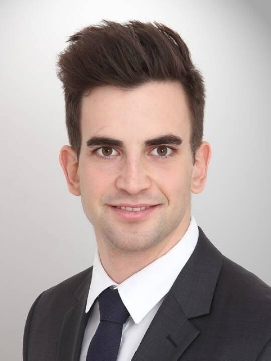 Der Rotterdam Management School-Absolvent Christoph Dvorak startet seine Beraterkarriere bei Horváth & Partners Wien. Copyright: Horváth & Partners