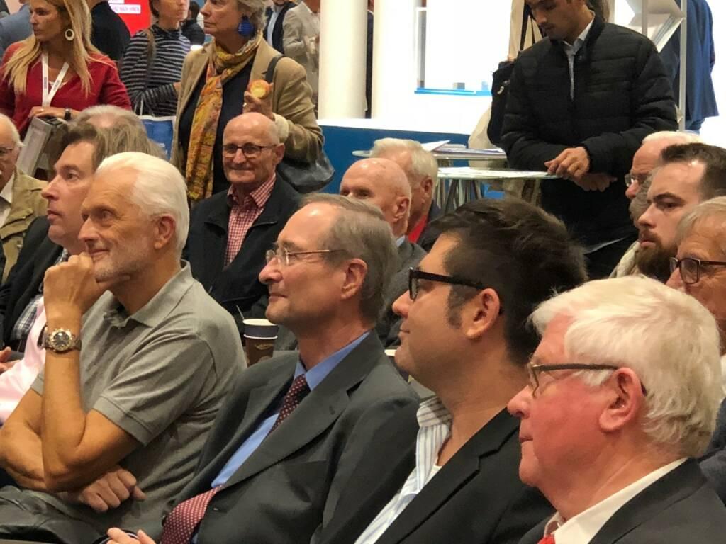 Christoph Leitl (WKO) mischte sich unter die Gäste bei der Star der Stunde-Bühne auf der Gewinn Messe (18.10.2018)