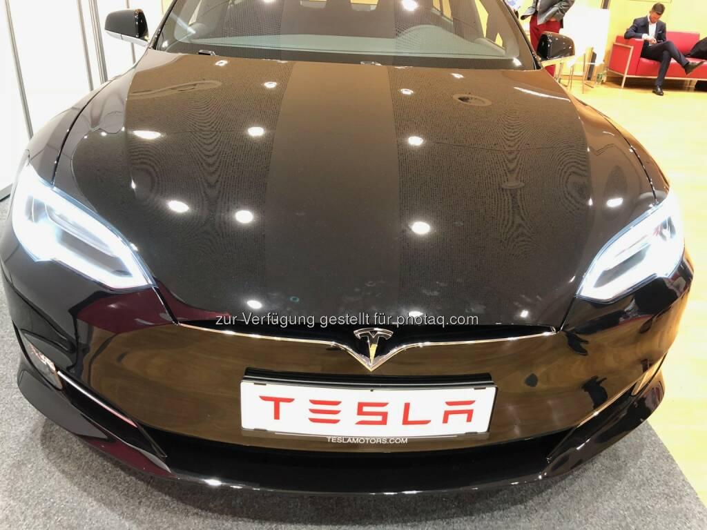 Tesla (18.10.2018)
